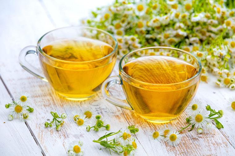 Чай з квітів ромашки