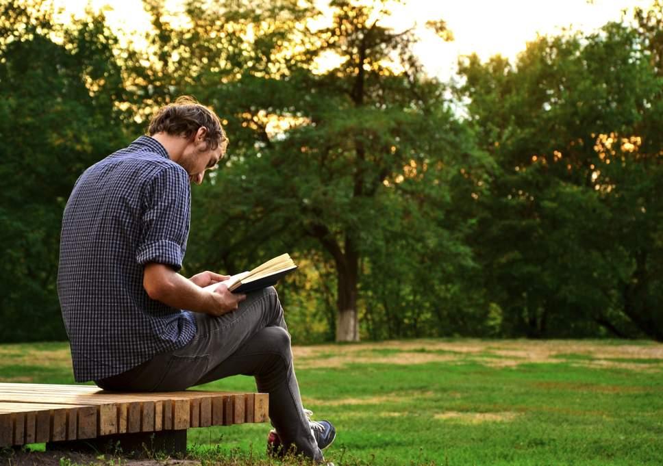 Читання книг у вільний час