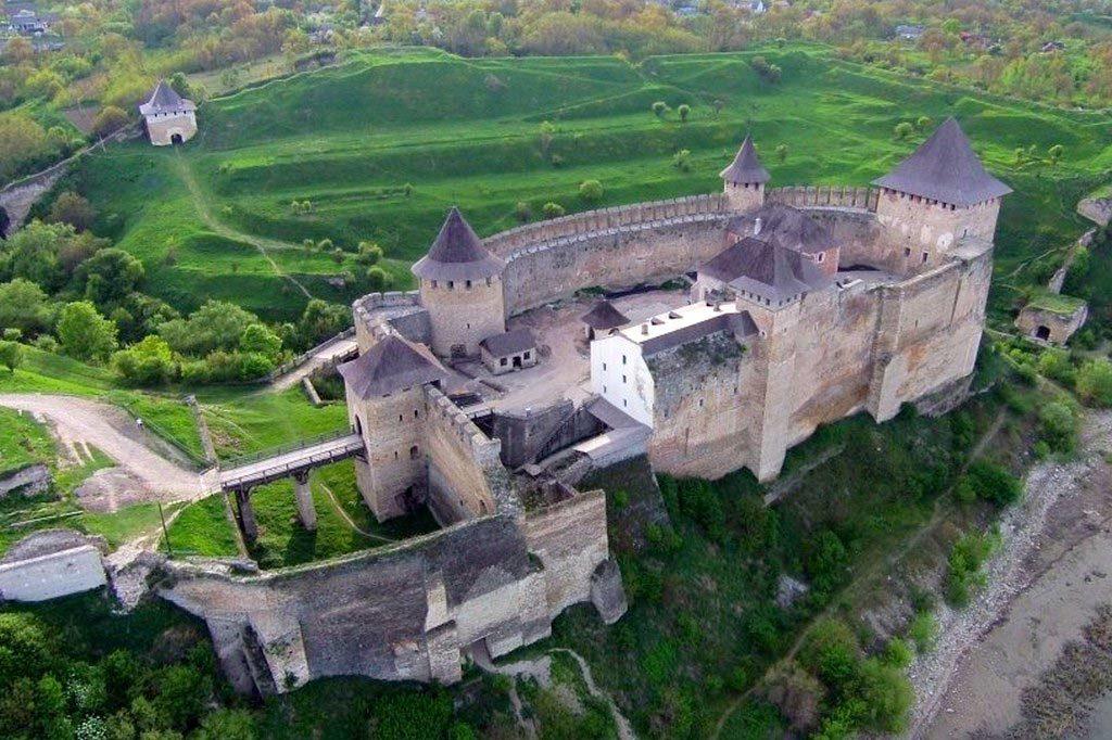 Хотинська фортеця - одне з чудес України