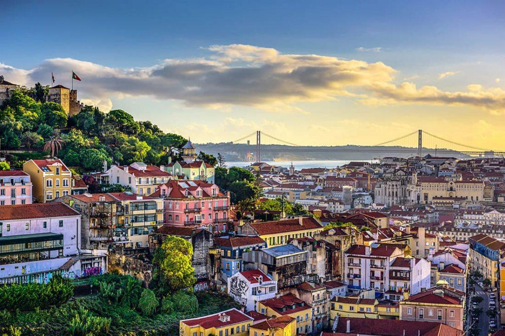 Лісабон - столиця Португалії