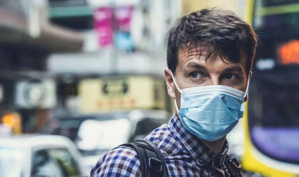Маски не захистять від коронавірусу