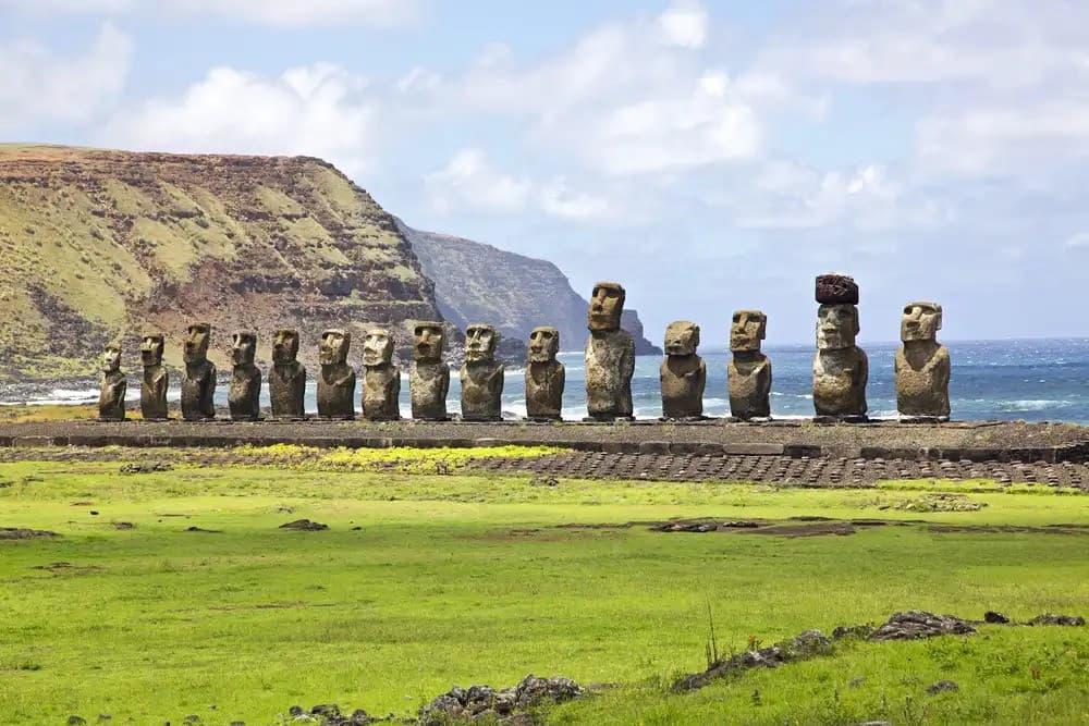 Монументи острова Пасхи