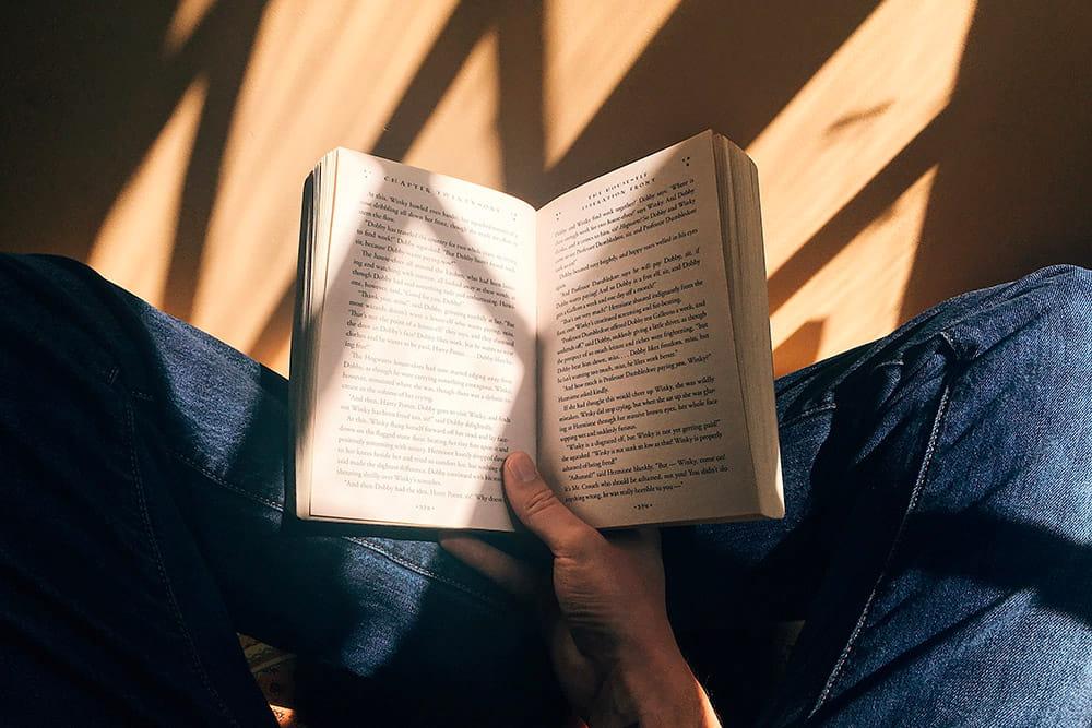 Читання паперових книг