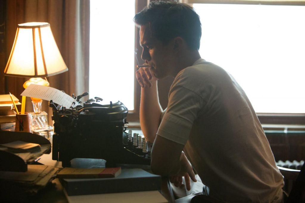 Письменник за роботою