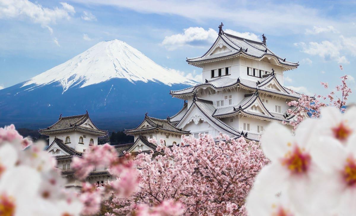 Гора Фудзіяма в Японії