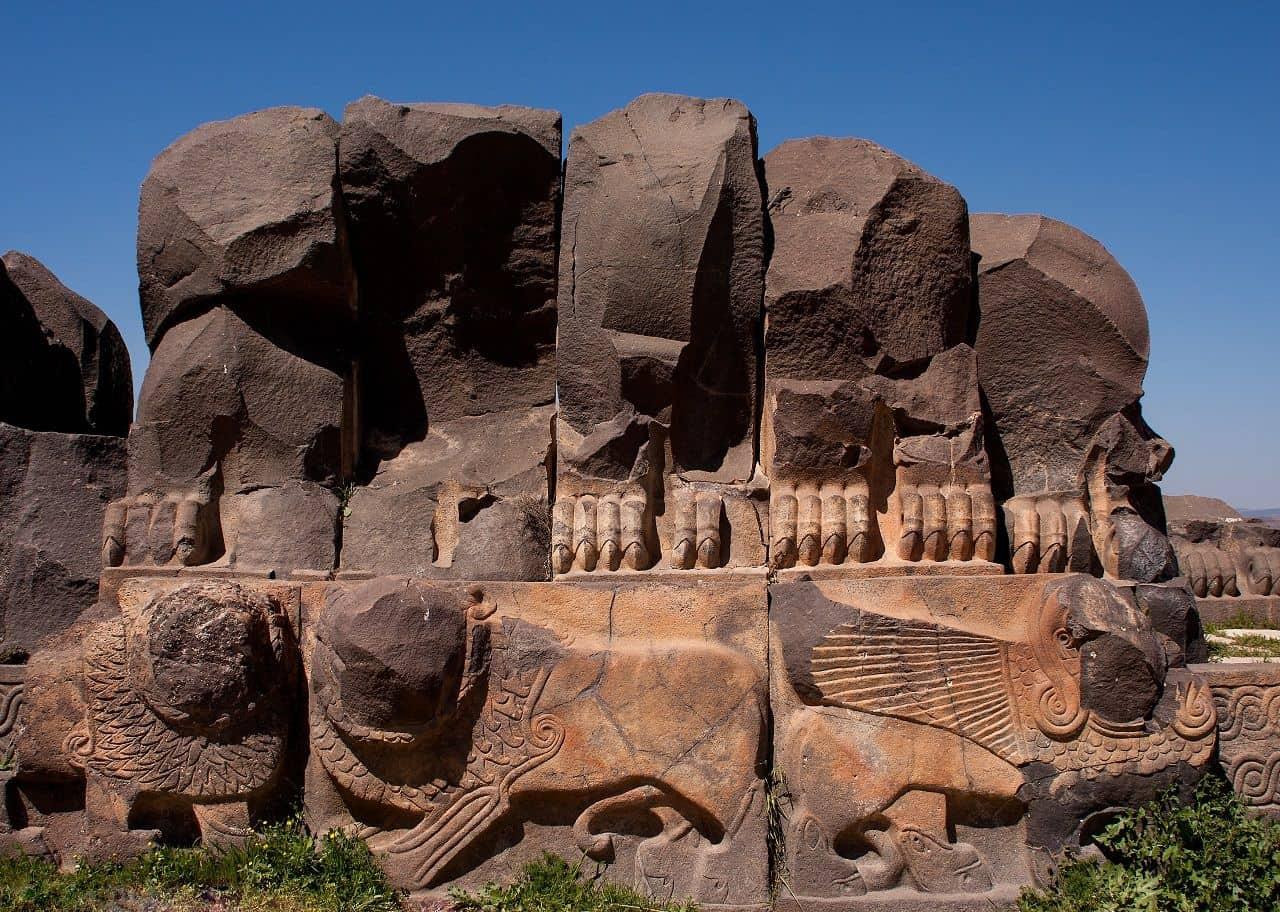 Храм Айн Дара