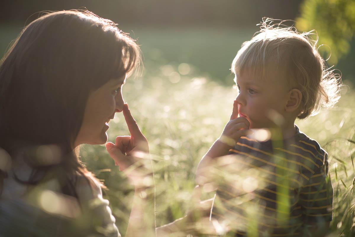 Батьки і діти - перший етап життя