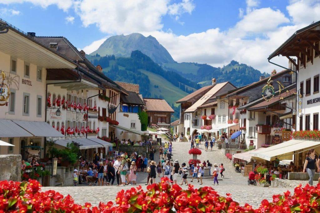 Швейцарія, маленьке містечко