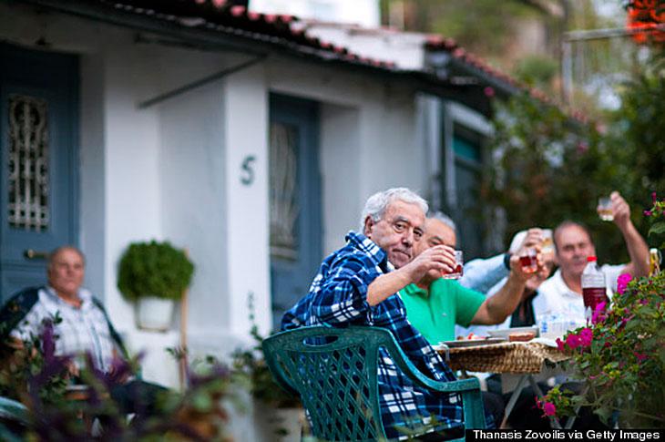 Грецькі довгожителі на острові Ікарія