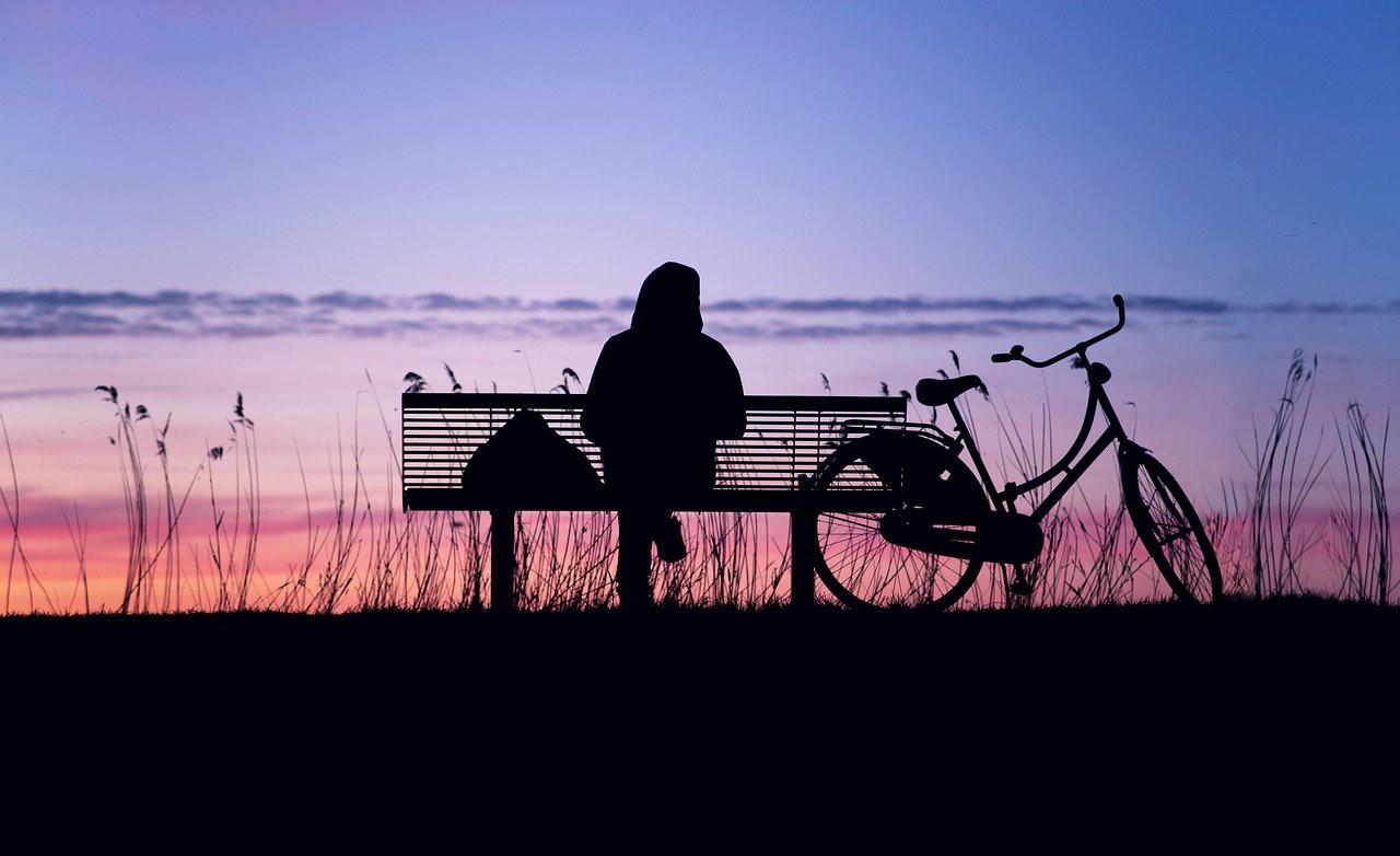 Жити потрібно теперішнім, а не минулим