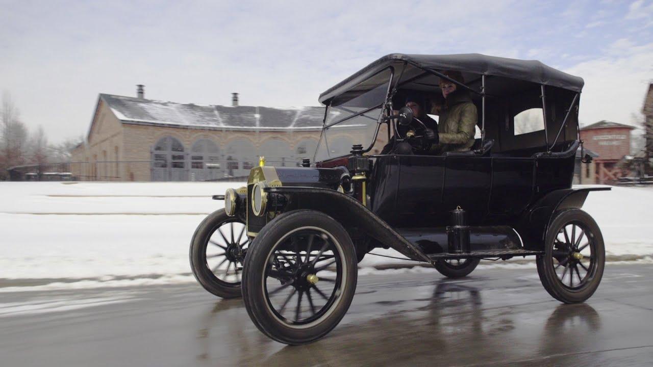 Ford Model T - перший в історії серійний автомобіль