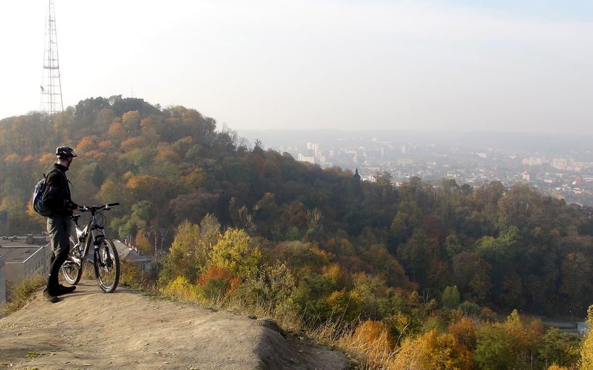 Лиса гора у Львові фото