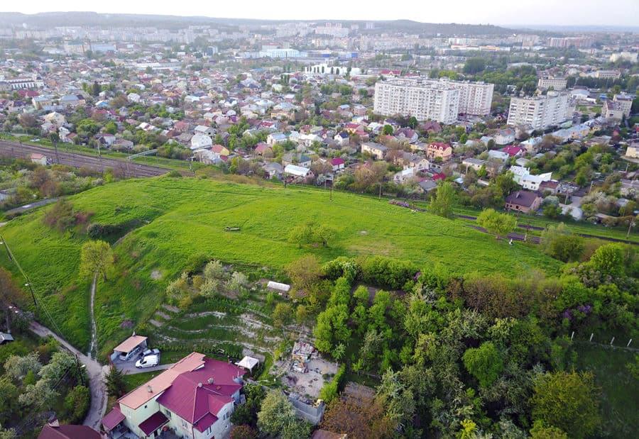Гора баба Род у Львові