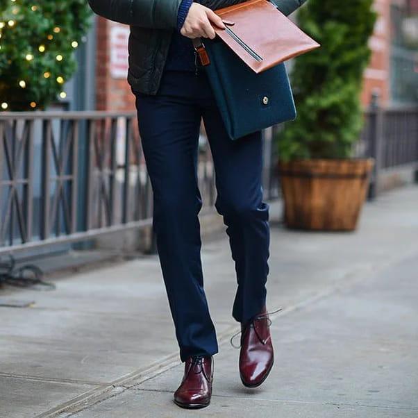 Елегантне чоловіче взуття