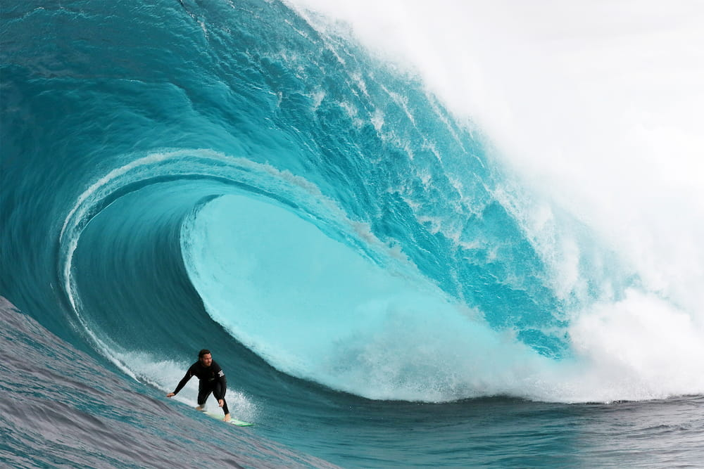 Серфінг на великих хвилях