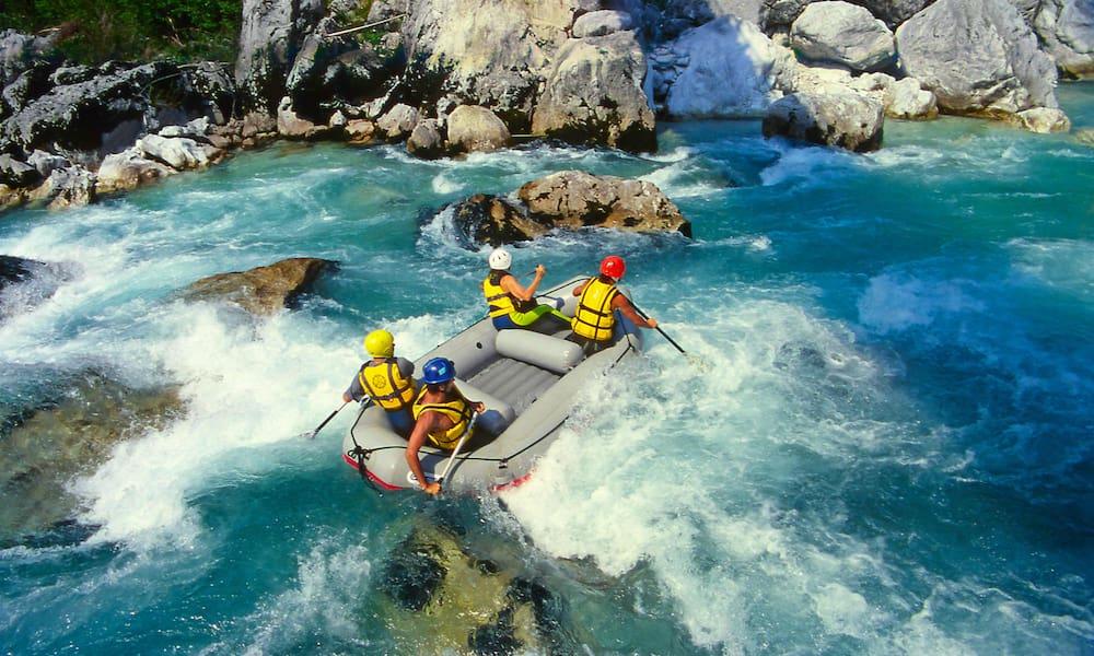 Рафтинг - сплав по гірській річці