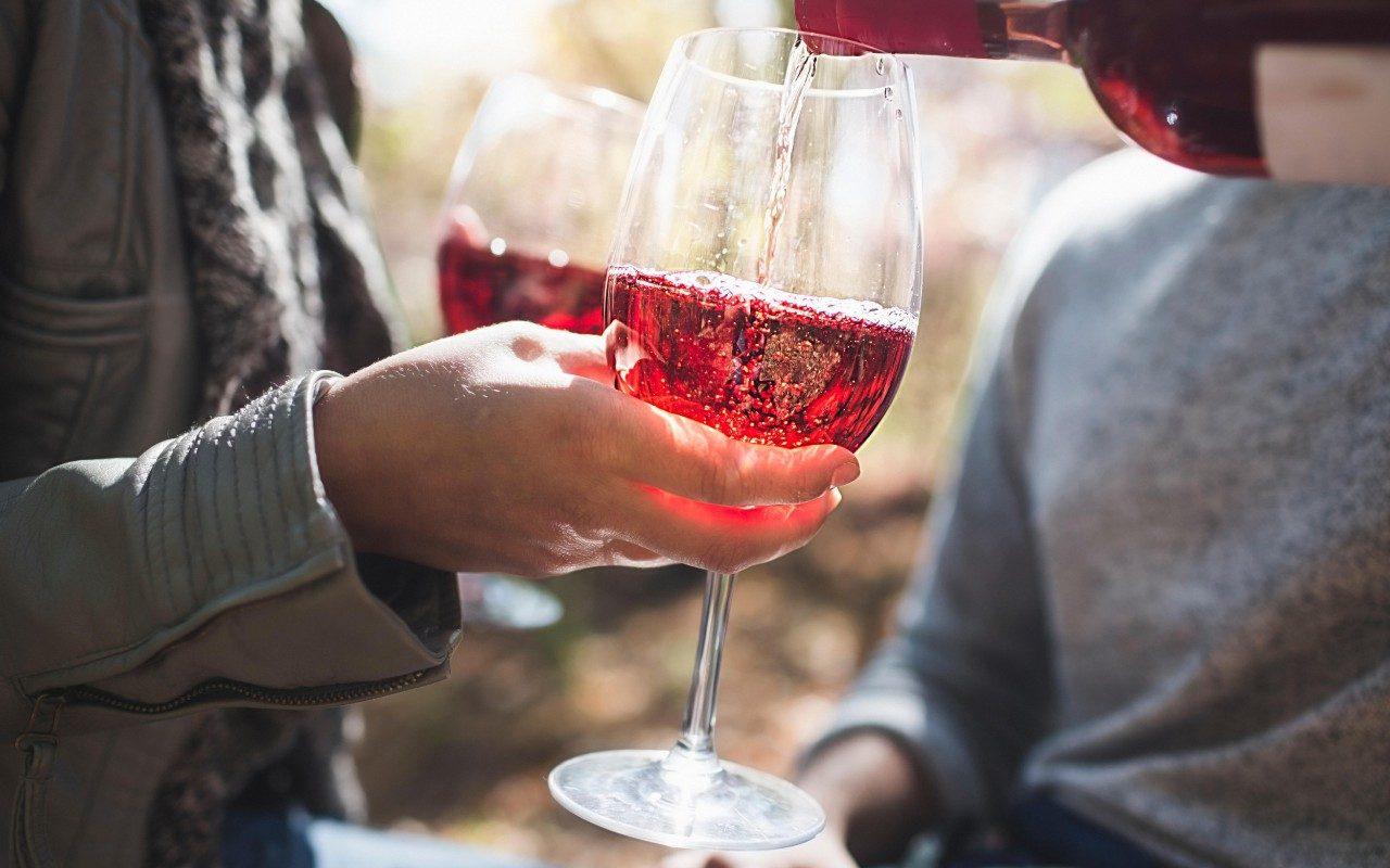 З якого винограду роблять рожеве вино